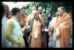 Prabhupada New Vrindaban 1976