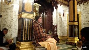 His Holiness Varsana Maharaj speaks.