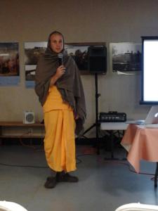 Bhakta Trevor sankirtan New Vrindaban 2014