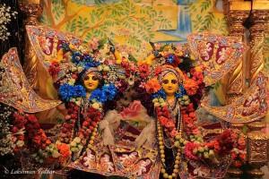 Sri Sri Gaura Nitai ki jaya!