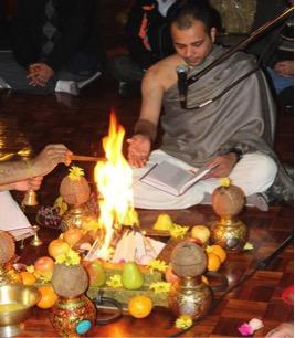Gaurnatraj performing yajna