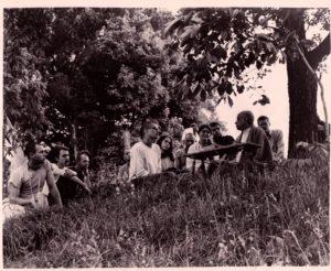 Prabhupada New Vrindaban 1969 tree Rishikesh, Yadunandan, Ranadhir Kirtanananda, Pradyumna, Taruni, NaraNarayana, Arundhati, Purusottama and Madhu-Mangal.